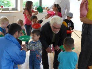 Kinder mit Jürgen